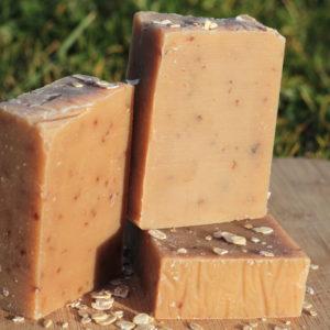 Savon naturel au lait d'avoine et miel